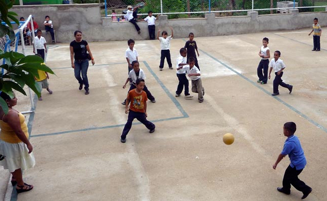 Care4community_kids_playing